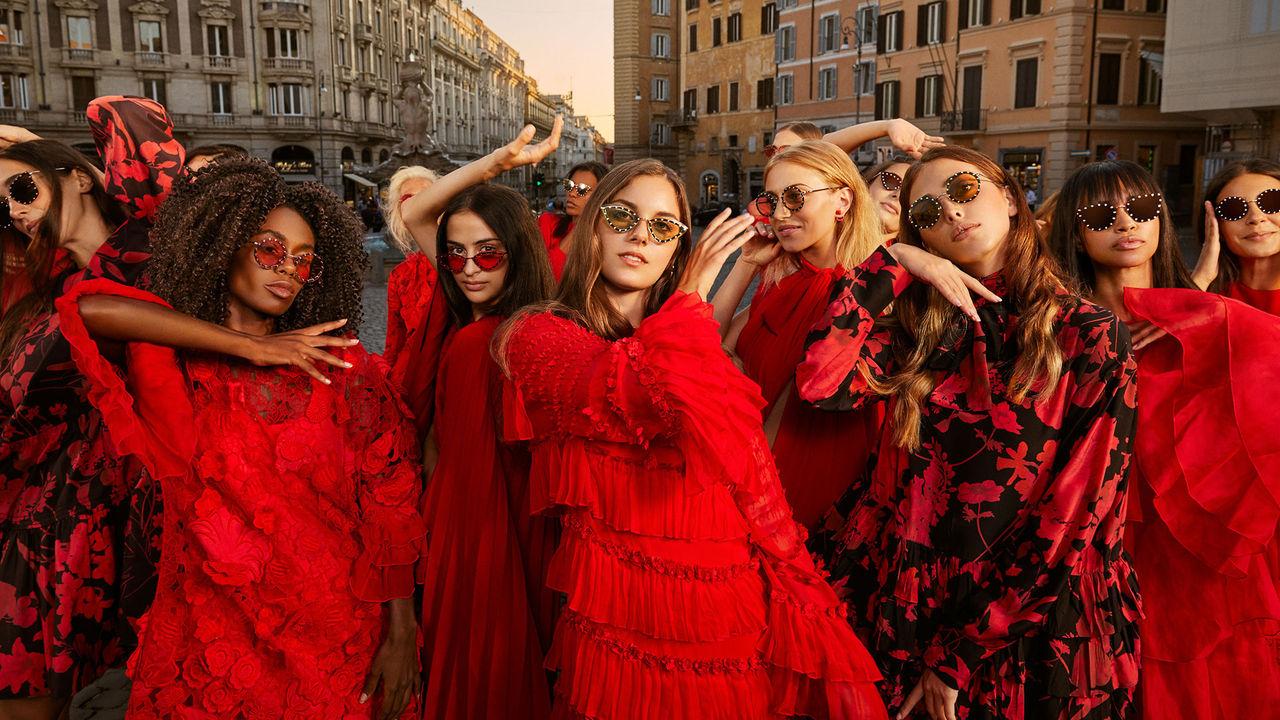 info for bbe0e 614f3 Valentino Online Boutique: abbigliamento e accessori donna e ...